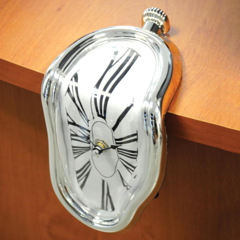 horloge d goulinante chiffres romains achat cadeau. Black Bedroom Furniture Sets. Home Design Ideas
