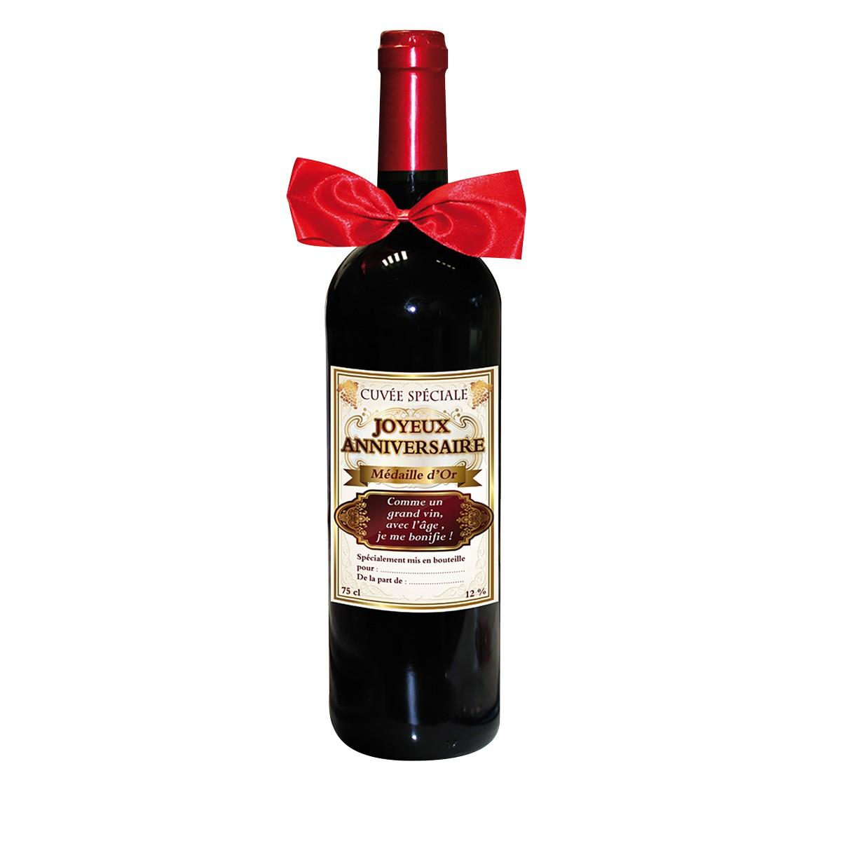 une bouteille de vin sp ciale joyeux anniversaire pour une. Black Bedroom Furniture Sets. Home Design Ideas