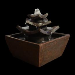 Petite Fontaine Temple Asiatique