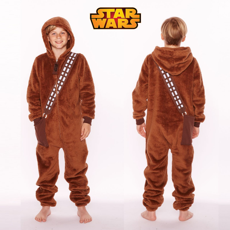 pyjama star wars pour enfant l 39 effigie de chewbacca sur rapid cadeau. Black Bedroom Furniture Sets. Home Design Ideas