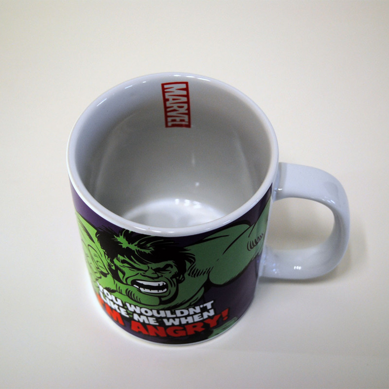 mug hulk marvel en c ramique avec grande contenance sur rapid cadeau. Black Bedroom Furniture Sets. Home Design Ideas
