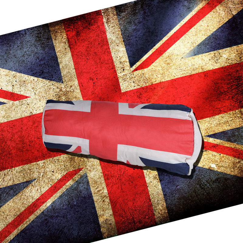 coussin anglais pour la nuque l 39 effigie du drapeau britannique sur rapid cadeau. Black Bedroom Furniture Sets. Home Design Ideas