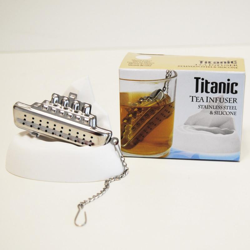 Boule th originale en forme de titanic avec iceberg sur - Infuseur a the rigolo ...