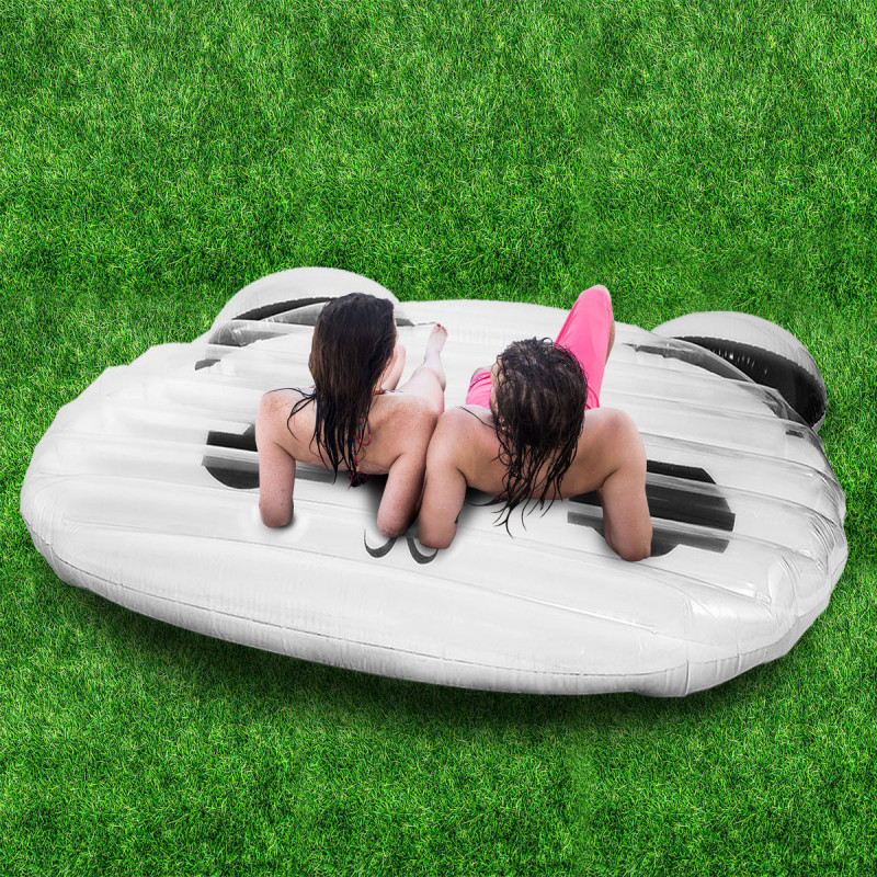 matelas gonflable original en forme de panda blanc et noir sur rapid cadeau. Black Bedroom Furniture Sets. Home Design Ideas