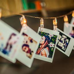 Guirlande photo murale avec pinces led lumineuses sur - Guirlande porte photo avec pinces linge ...