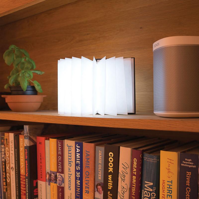 Lampe Design En Forme De Livre Pour Une Deco Parfaite Sur