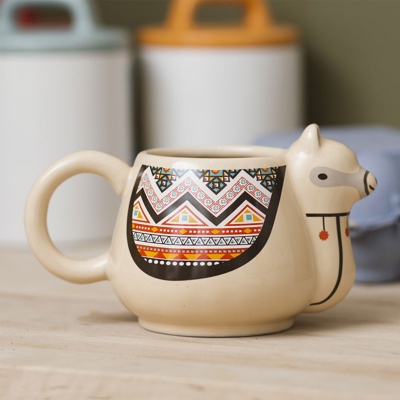 mug lama en 3d en c ramique avec motifs ethniques sur rapid cadeau. Black Bedroom Furniture Sets. Home Design Ideas