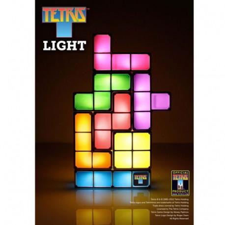 Faites une petite partie de Tetris avec les blocs de cette lampe pour qu'elle s'illumine... Une petite touche geek sera apportée à votre intérieur avec cet objet déco lumineux hautement insolite... Un cadeau parfait !