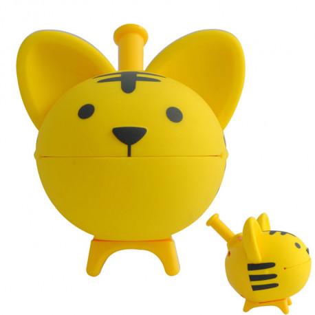 Ce sifflet Chihuahua Tigre est un jouet musical divertissant, qui plaira à tous les enfants… Ceux-ci vont l'adopter et s'amuser à créer ses aboiements musicaux !