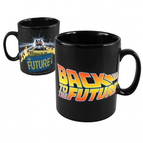 un mug geek tout droit sorti de la trilogie retour vers le futur