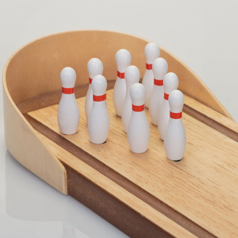 jeu de bowling en bois achat jeu original de bureau sur rapid. Black Bedroom Furniture Sets. Home Design Ideas