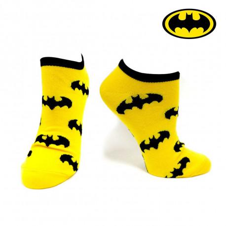 une paire de chaussettes basses batman ornée des mythiques chauves-souris