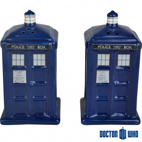 un mug tardis thermoréactif : cette idée cadeau geek est faite pour les addicts à la série doctor who