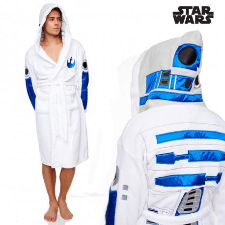 R2D2 s'affiche sur ce peignoir Star Wars qui ne manque pas d'originalité... Mettez-vous dans la peau du robot le plus célèbre de Star Wars, le mythique droïde R2D2 ! Un cadeau so geek à offrir aux passionnés de la saga...