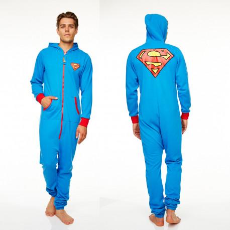cette combinaison superman avec capuche est idéale comme cadeau pour les inconditionnels du super-héros so geek