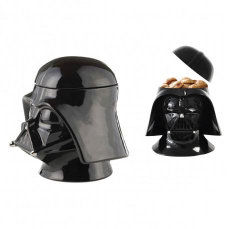 La boîte à gâteaux Dark Vador en céramique... un gadget Star Wars terriblement incontournable ! Les gourmands amateurs de la Force Obscure seront ravis de conserver leurs cookies au sec dans ce cadeau ultra-geek !