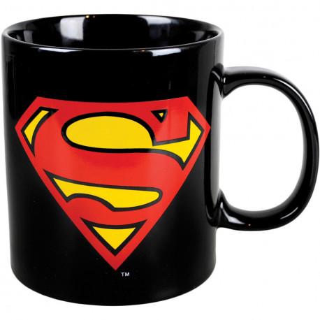 Avec le mug Superman, l'emblématique logo s'invite pour le café... Avec une capacité de 750 ml, ce mug géant ne va pas passer inaperçu ! Un cadeau ultra-geek à offrir aux fans du comics Superman !