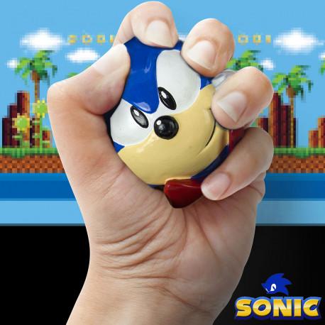 Passez vos nerfs sur cette boule bleue sous licence officielle, mettant à l'honneur Sonic, le petit hérisson supersonique ! Ce cadeau rigolo spécialement adapté aux geeks deviendra vite un compagnon de bureau idéal…