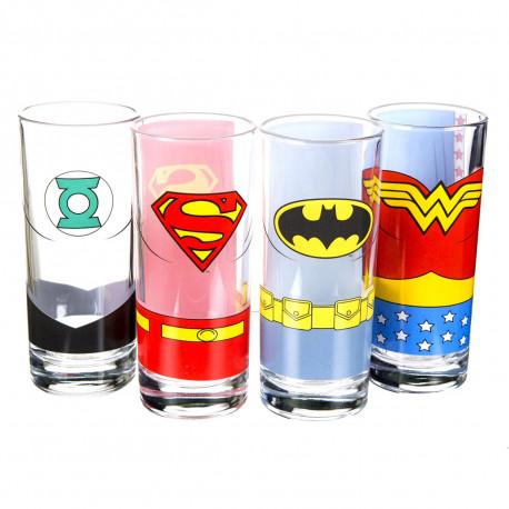 Buvez geek avec ces quatre verres Justice League of America… Les super-héros Superman, Green Lantern, Wonder Woman et Batman vont ravir tous les fans de comics ! Un chouette cadeau geek !