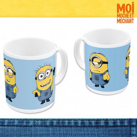 Plongez dès le petit déjeuner dans l'univers loufoque du film Moi, Moche et Méchant avec ce mug Minions des plus insolites… Une tasse déjantée à la bonne humeur communicative !