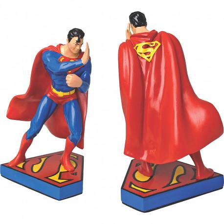 Ces serre-livres so geek Superman en résine protégeront efficacement votre précieuse collection de comics… Cet élément de déco geek sera parfait dans votre bibliothèque !