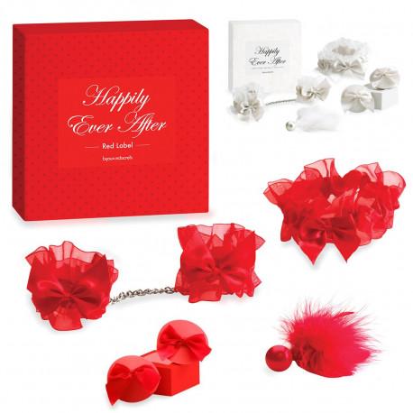 En rouge ou blanc, ces accessoires mariage vous rendront absolument sexy : menottes, jarretière, plumeau et cache-seins