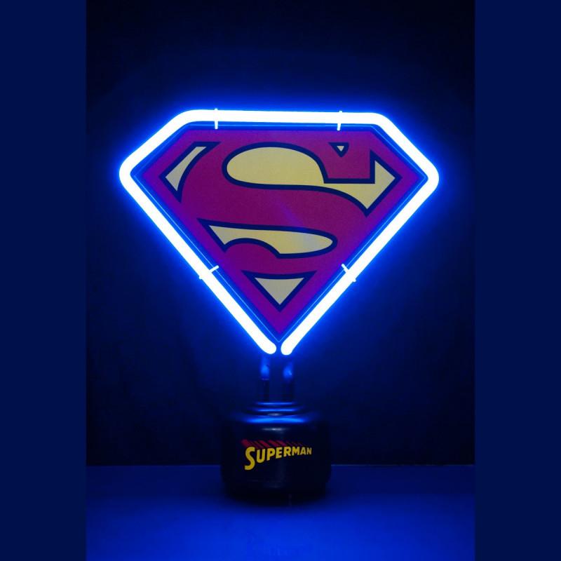 lampe n on originale en forme de logo superman sur rapid. Black Bedroom Furniture Sets. Home Design Ideas