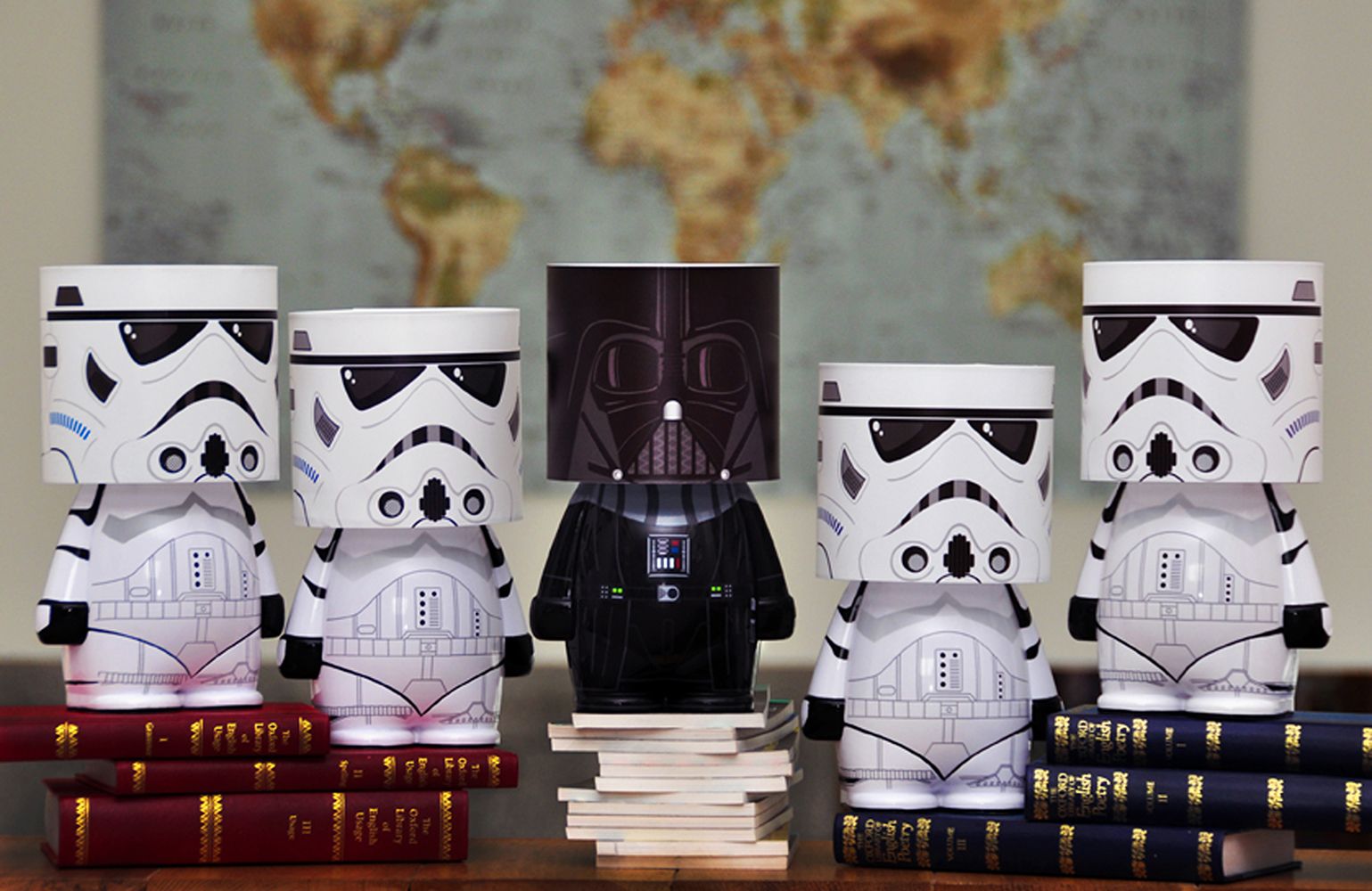 lampe look alite stormtrooper star wars achat cadeau. Black Bedroom Furniture Sets. Home Design Ideas